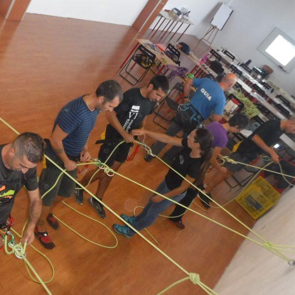 Curso intensivo de barranquismo Tronkos y Barrancos